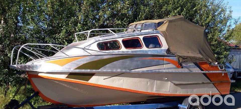 купить бу моторную лодку в алтайском крае